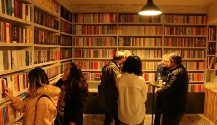 Edebiyat Editörü, Yazar, Taşra Gönüllüsü Kürd Yazar (I)